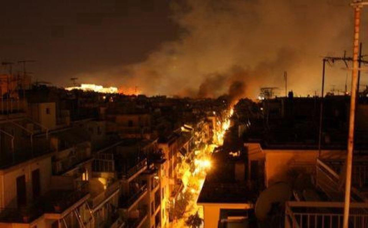 Athens on fire, 12 February 2012